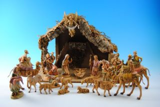 DF5 Vintage 21 piece Fontanini Nativity Set with Stable