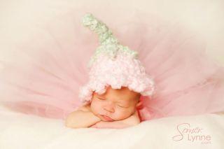 Photo Prop   Newborn Baby Girl Chunky Pink Lily Bell Hat   Handmade
