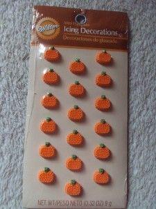 Wilton Mini Pumpkin Icing Cake Decorations New