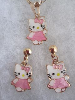 Hello Kitty Set Earrings and Necklace