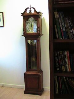 Vintage Howard Miller Tempus Fugit Grandmother Clock