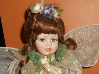Geppeddo Sugar Plum Fairy Brown Hair Porcelain Doll w Stand RARE LQQK