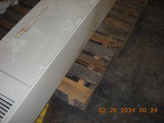 CF653C 3VJ29 65 000 BTU Natural Gas Wall Furnace Top Vent 16534