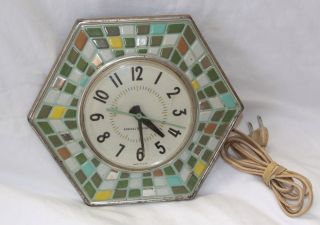 VINTAGE GENERAL ELECTRIC RETRO MULTI COLORED WALL CLOCK WORKS