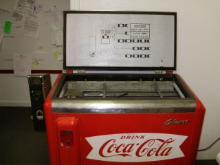 1950s Glasco 10 Cent Coca Cola Machine