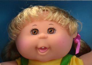 adorable caucasian cabbage patch kid from the artsy girl collection