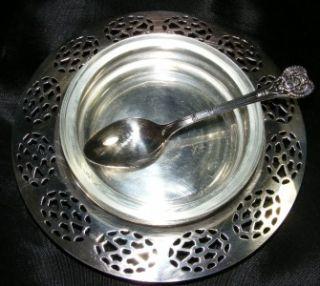 Oneida Silversmiths Glass Holder w Silver Spoon Tray