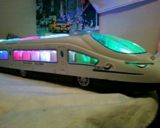 High Speed City Toy Train Bump Go Flashing Lights Battery Operated