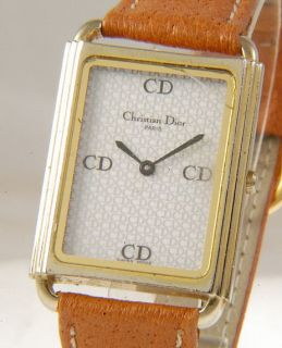 Lovely Christian Dior Paris Gold Plated Quartz Ladies Watch Creacked