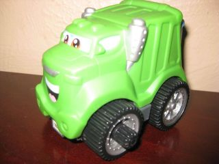 Playskool Hasbro Tonka Green Garbage Truck Wheels Toy Vehicle moves