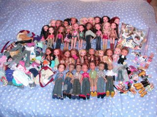Huge large Bratz lot boyz Lil kidz girlz dolls CLOTHES SHOES 17lbs of