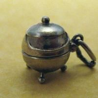 Vintage English Silver NUVO OPENING CAULDRON Charm ~ Opens to Witch on