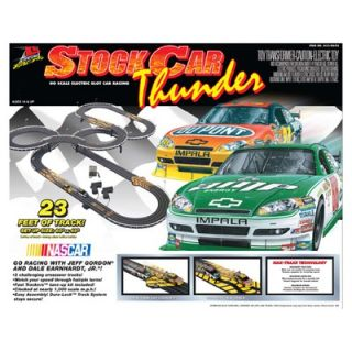 Life Like Nascar Stock Car Thunder Set   433 9092
