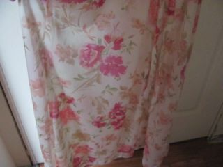 Vtg RARE Olga Long Rose Floral Lace Peignoir Robe Medium 94280