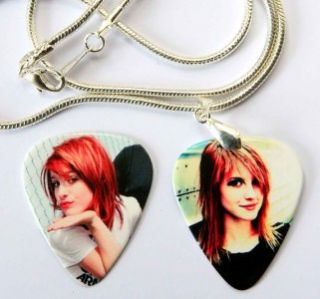 hayley williams paramore necklace plus matching pick