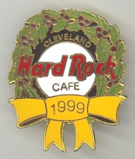 Hard Rock Cafe Cleveland Pin 1999 Holiday Christmas Holly Wreath New