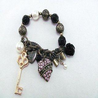 Retro style heart shaped crystal pendants stretch bracelet B030
