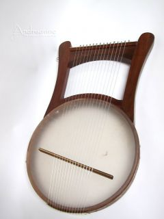 TRADITIONAL NEVEL LAP HARP w/ CASE ~ KING DAVIDS GREEK KINNOR LYRE