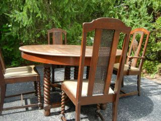 Griggs Antique Dining Room Table and Chairs New Lower Price