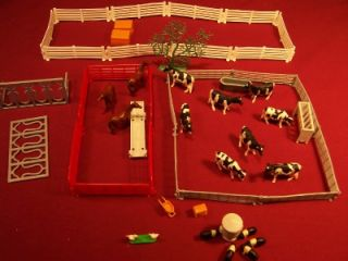 Large Lot Ertl Toy Animals Cows Horses Farm Fence 1 64 Water Tank Pigs