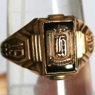 Onyx Class F G High School 1945 Fine Graduation Ring US Size 7