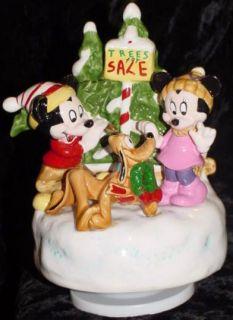 Walt Disney A Holly Jolly Christmas Music Box Figure