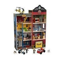 Kidkraft Hometown Heroes Fire House Station 24 pcs Makes Siren Sounds
