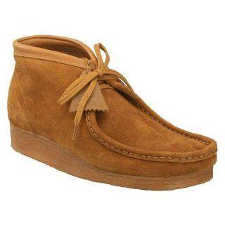 Clarks   Wallabee Boot   Mens (Chestnut Suede)   Footwear
