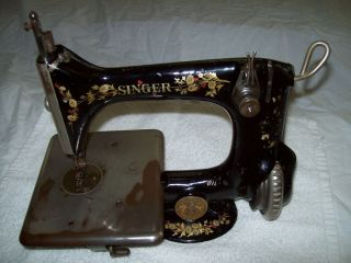 SINGER MODEL 24 TREADLE SEWING MACHINE CHAIN STITCH INDUSTRIAL OR HOME