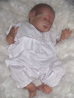 NEW ~ PRETTY TRADITIONAL STYLE BABY GIRLS EMB ROMPER   FOR YOUR REAL