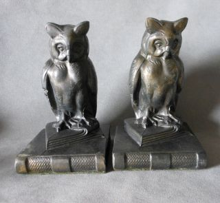 Pair Vintage Great Horned Owl on Books Metal Bookends