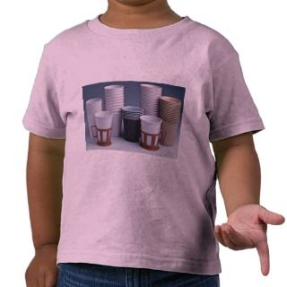 Various plastic drinking cups Photo T shirts