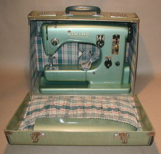 VIKING HUSQVARNA TYPE 21 AUTOMATIC SEWING MACHINE, CASE MANUALS
