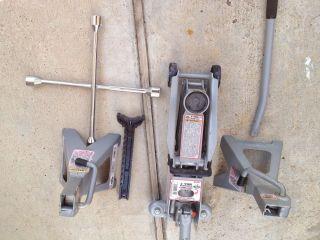 MACK 2 TON Hydraulic Floor Jack with two 2 Ton Jack Heavy Duty 4 Way
