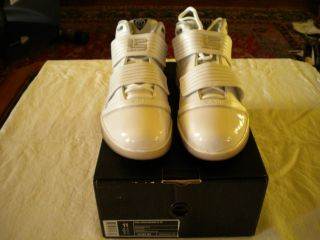 Nike Lebron James Zoom Soldier III Size 11 White Shoes New in Box