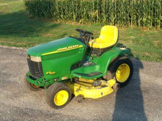 John Deere 235 Lawn Mower Garden Tractor