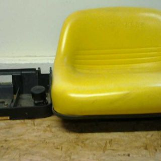 John Deere Riding Mower or Lawn Tractor Seat LT133
