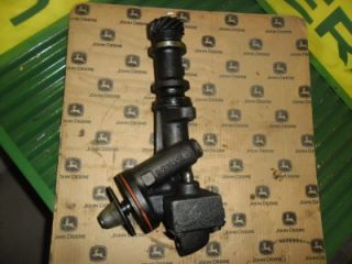 John Deere 3010 3020 Oil Pump R26143 AR31884