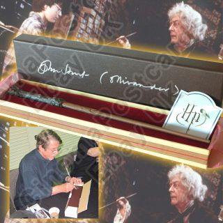 Harry Potter Replica Wand in Ollivander Box Signed by John Hurt Noble Collection