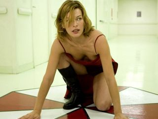 D7334 Milla Jovovich Resident Evil Hot Downblouse Actress 32x24 Print Poster