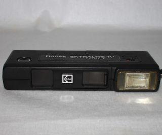 Vintage Kodak Ektralite 10 Pocket Camera Case 110 Film Working