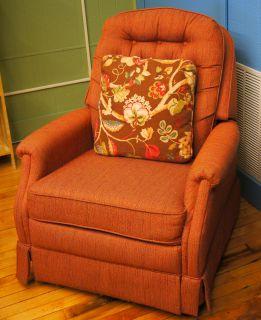La Z Boy Peach Color Rocker Recliner Chair