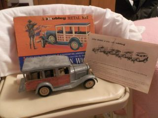 Hubley 1960 s Die Cast Metal Model A Station Wagon W Box Instruction