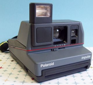 TESTED Vintage Polaroid IMPULSE 600 Instant Film Land Camera Working