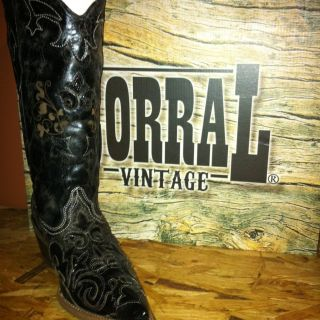Corral Vintage Cowboy Cowgirl Boots Size 8 1 2 Best for 7 1 2