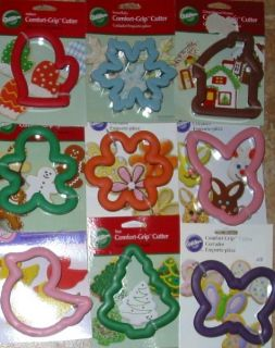 Wilton 4 Comfort Grip Large Cookie Cutters Holiday Theme Shapes