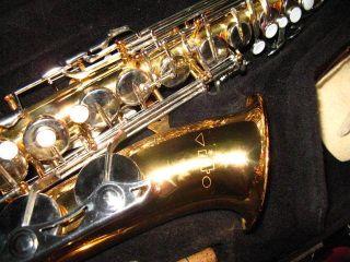 Vito Alto Sax Made in Japan w LeBlanc Hardshell Case