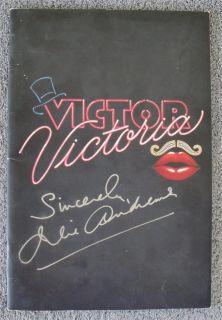 JULIE ANDREWS SIGNED Victor Victoria on Broadway Program   SHARP PIECE