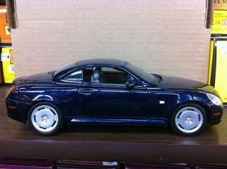 Burago Lexus SC 430 Blue Diecast Car 1 18 120171