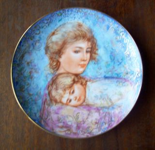 Edna Hibel 1984 Mothers Day Plate Abby Lisa Edwin M Knowles